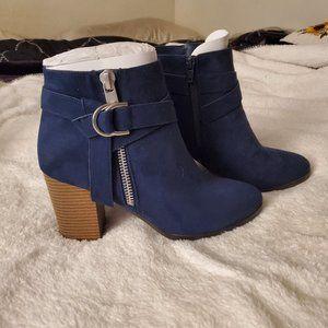 Apt. 9 ankle boots sz 9.5